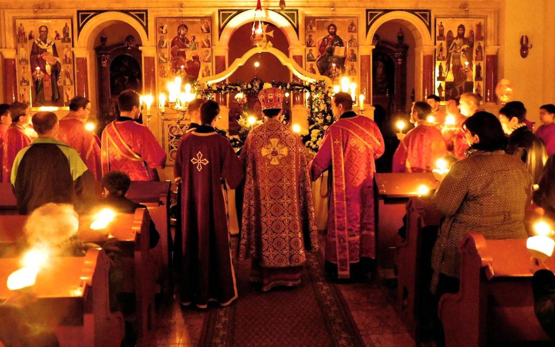 Sírbatételi vecsernye a Szent Miklós-székesegyházban